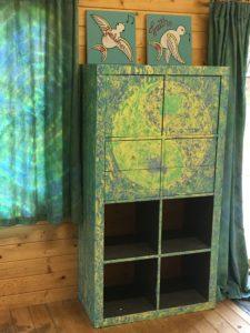 Ying Yang Bookcase